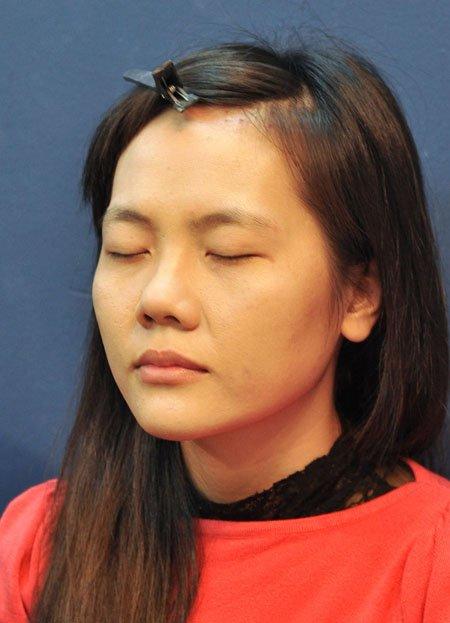Trang điểm cho cô dâu gúp che khuyết điểm mũi hếch